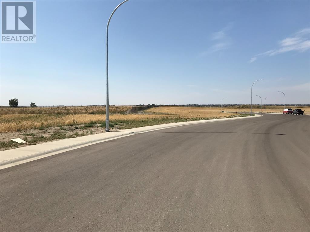 110 Sandstone Road S, Lethbridge, Alberta  T1K 8J1 - Photo 1 - A1037567